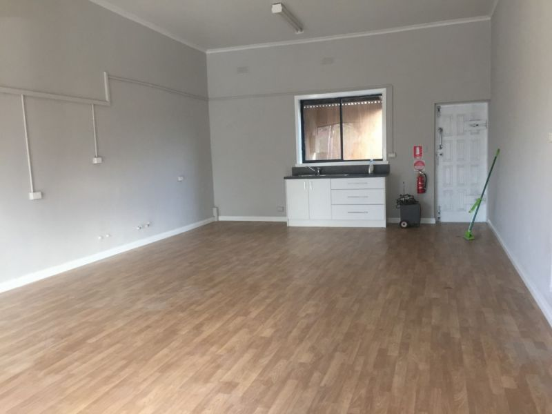 READY TO GO OFFICE/RETAIL WITH  INCENTIVES ON OFFER