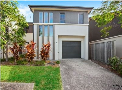 Spacious living, Stunning home, Superb location!
