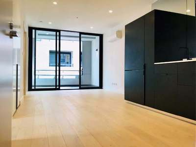 Brand New Stunning Two Bed Apartment