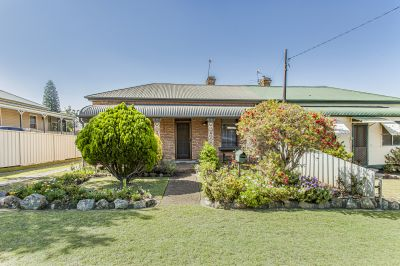 10 King Street, East Maitland