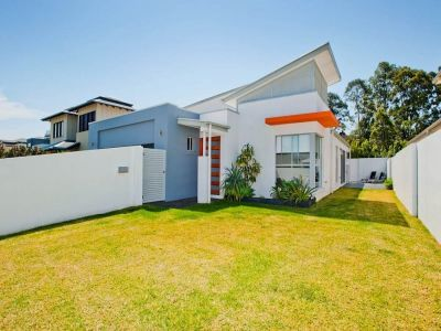 Modern Contemporary Home in Great Location - Priced to Sell!