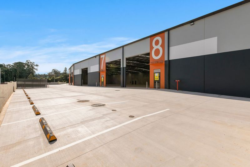 New Warehouse Or Distribution Facility Just Off The Bruce Highway