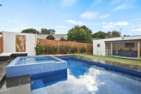 Beach House With Pool & Views