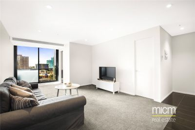 Brilliantly Positioned One Bedroom with Captivating Views!