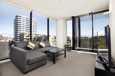 Spacious 2 Bedroom 2 Bathroom on the 5th floor - Quality City lifestyle!