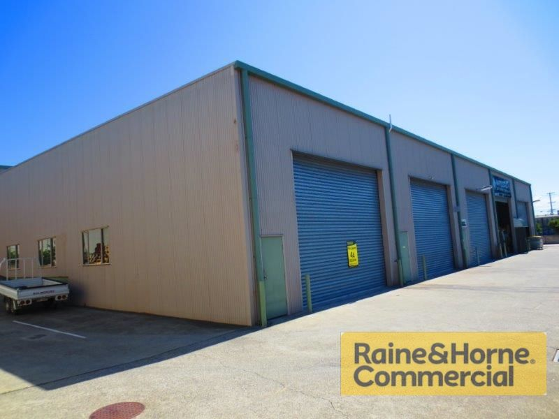160sqm Rear Industrial Unit with Full Drive Around Facility