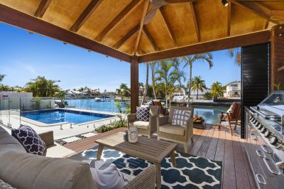 Waterfront Entertainer  19.3m* Frontage