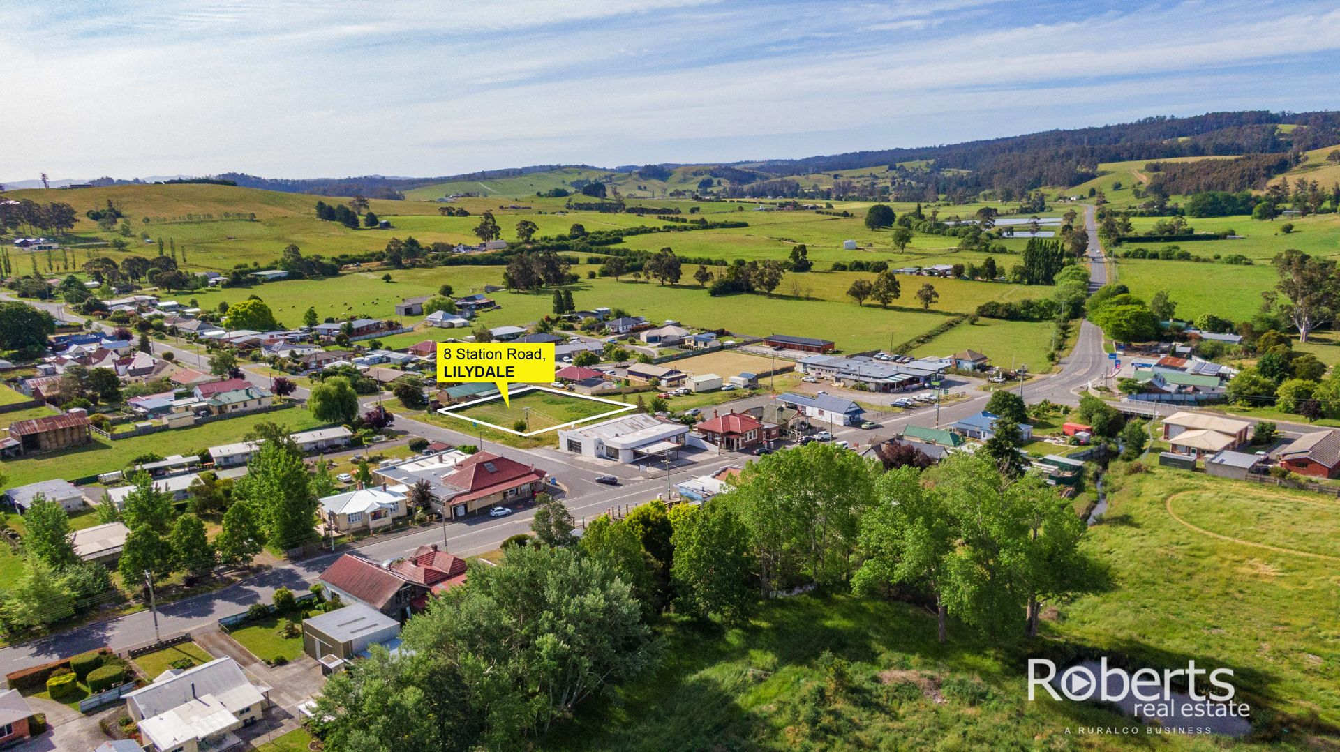 8 Station Road, Lilydale