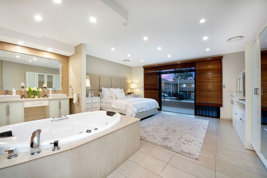 73 Carnavon Crescent, Georges Hall NSW 2198