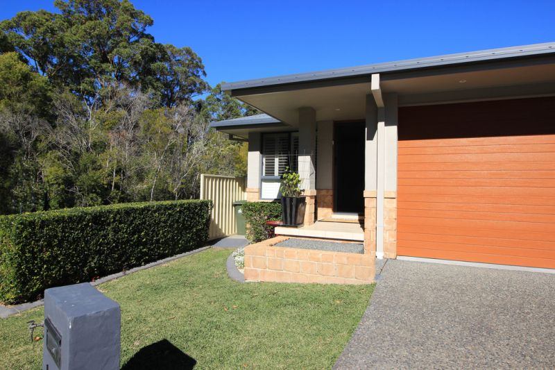 Low Maintenance Living Ideal for Couples, Retirees and Investors!