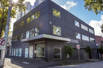 WHOLE BUILDING or INDIVIDUAL FLOORS IN PRIME SOUTH MELBOURNE OFFICE