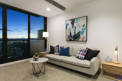Melbourne One: Stunning Two Bedroom Apartment in a Fantastic Central Location!