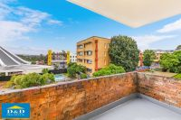 Bright & Fresh. Beautifully Renovated 2 Bedroom Unit. Great Views. Modern Kitchen. Walk to Parramatta & Harris Park Centres