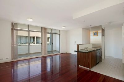 Large Two Bedroom Apartment with Secure Parking In The Heart of Surry Hills