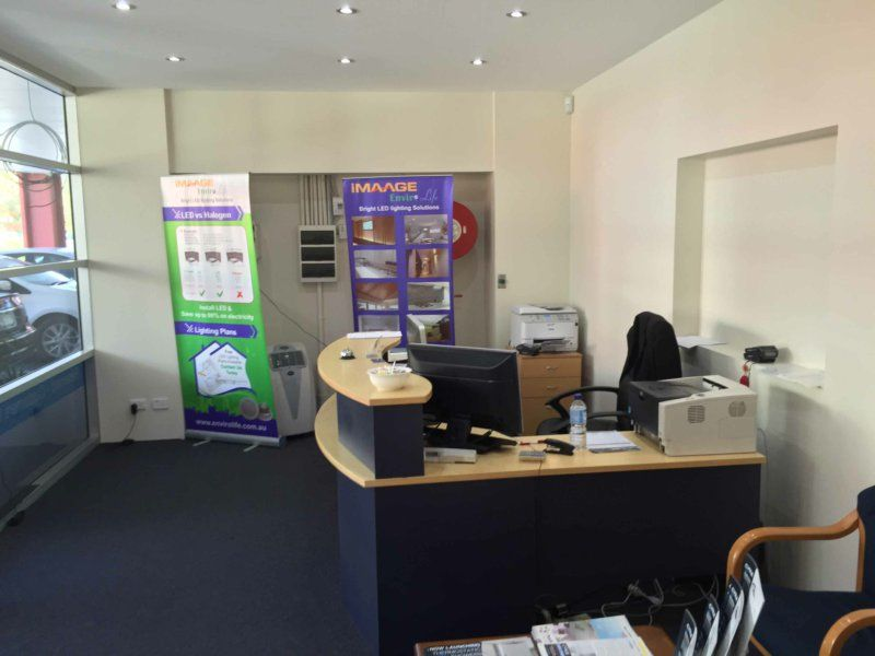 RARE OPPORTUNITY! BIGGER THAN AVERAGE UNIT & OFFICE COMBO!