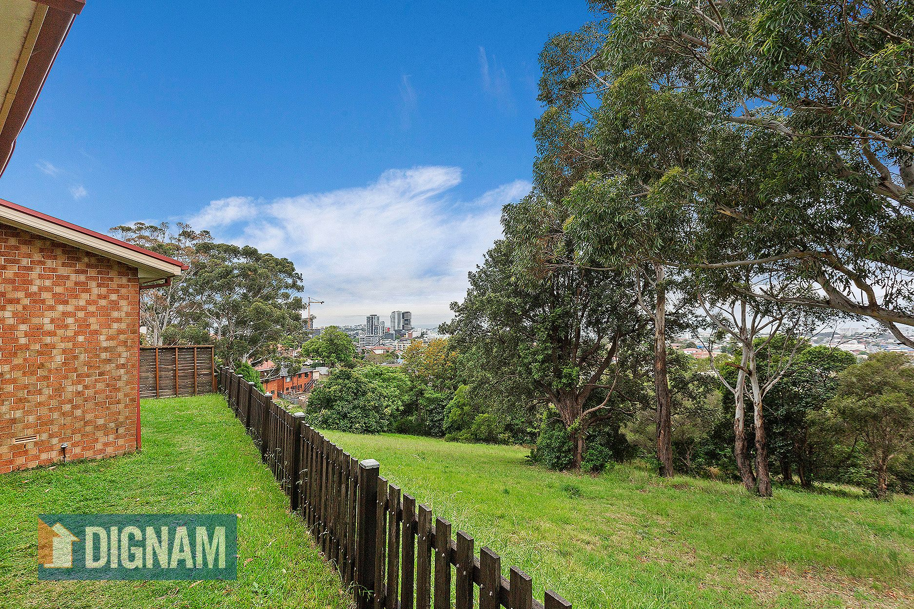 13B Hilltop Avenue, West Wollongong NSW