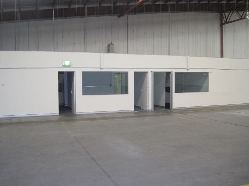 High Clearance Clearspan Warehouse