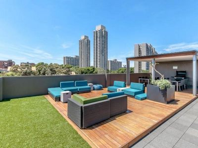 New York Style Apartment With Rooftop Pool & Gym