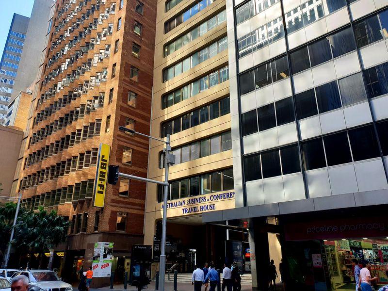 6/84 Pitt Street