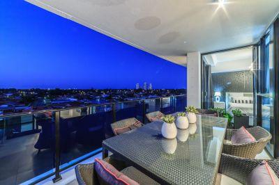 Deceased Estate - North-to-Water Designer Apartment in 5-Star Location