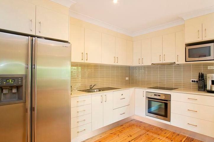 Warners Bay 38 Jones Ave