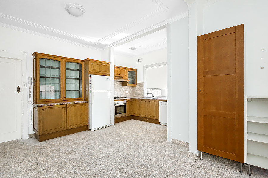 2/158 Wentworth Road, Strathfield