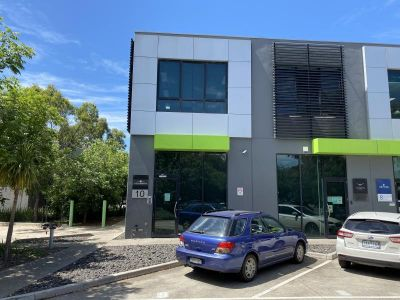 Unit 10, 34 Wirraway Drive, Port Melbourne