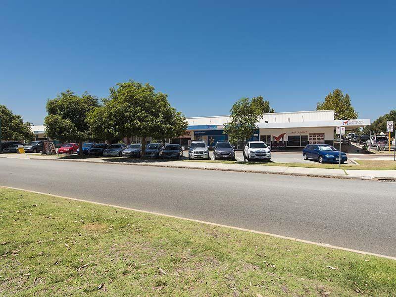 For Lease - Seeking Dental Clinic - Rossmoyne Shopping Centre