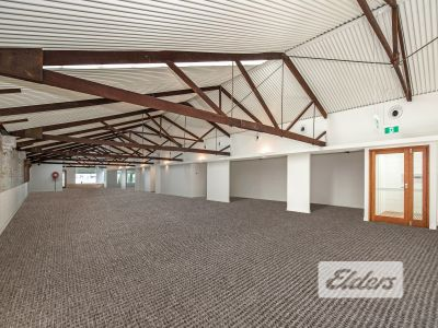 TRULY STUNNING CHARACTER OFFICE - 12 ONSITE CAR PARKS!