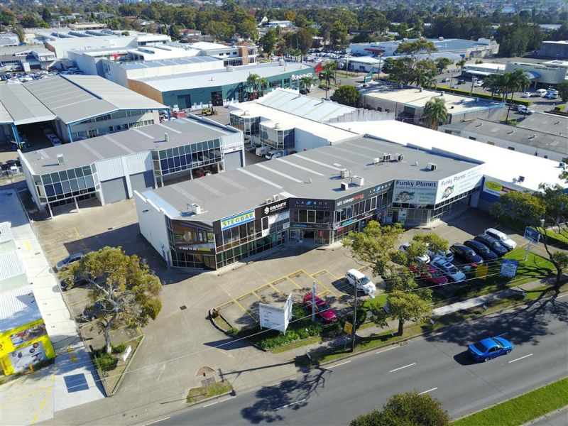 LEASED BY DAMEN ASTEY - 271m² Factory on Taren Point Road