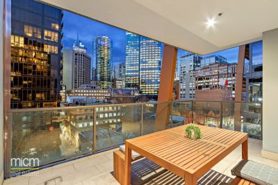 Huge Entertaining Terrace with Iconic Flinders Street Address!
