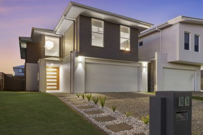 Modern Double Storey Home - Close to Water