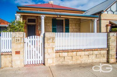 39 South Street, South Fremantle