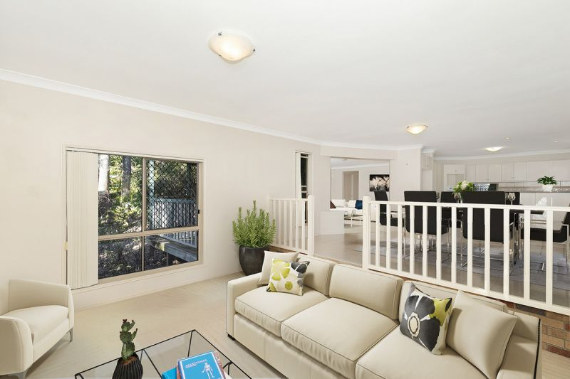 ONE OF THE LARGEST TOWNHOUSES IN BRISBANE - ONE TO INSPECT