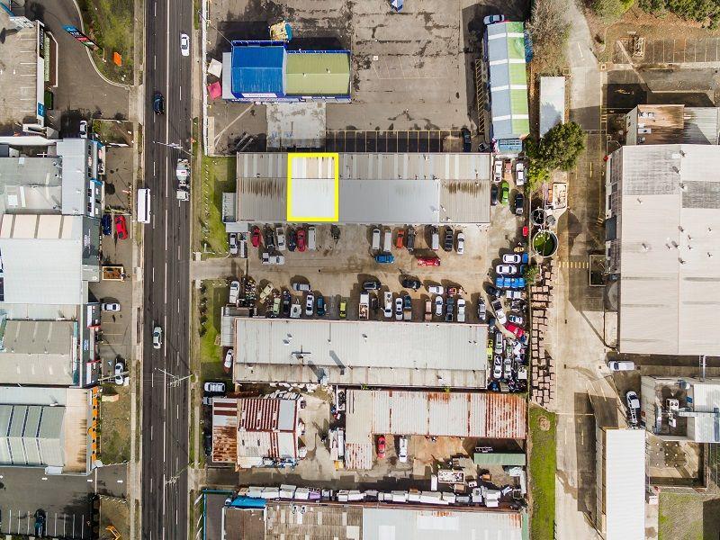 Functional Industrial Unit in Prime Blaxland Road Precinct