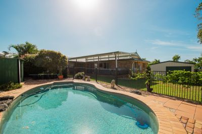 SPACIOUS FAMILY HOME + POOL & SHEDS IN AVOCA!