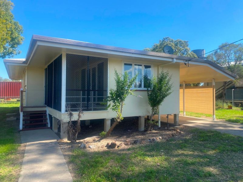 Condamine Calling.... IDEAL FIRST HOME