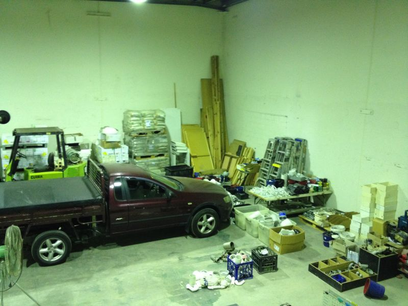 SPACIOUS WAREHOUSE AVAILABLE FOR LEASE