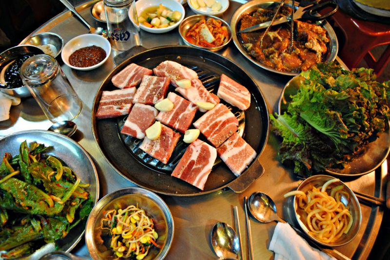 Busy Asian Restaurant Bar @ Popular Asian Cafe/Restaurant Lane in CBD