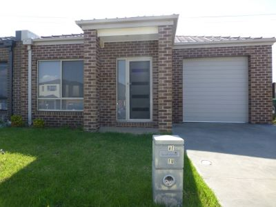 Low maintenance living in excellent location!