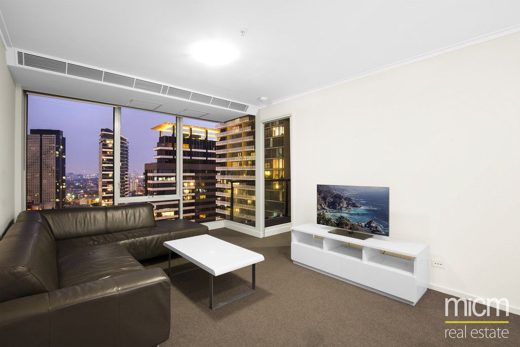 Super Spacious One Bed Plus Study/Bedroom on the City's Edge