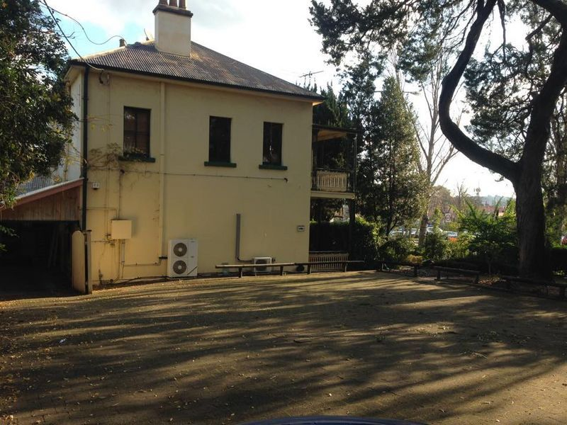 231m² Freestanding Commercial Property