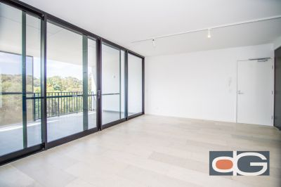 17/2 Beazley Way, White Gum Valley