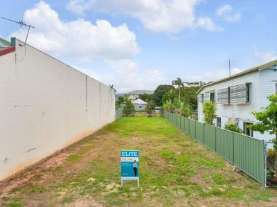 28 Minnie Street, Cairns City