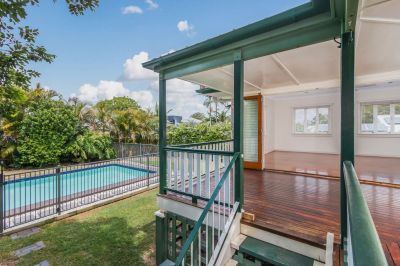 Beautiful Three Bedroom Home w/ Pool Maintenance Included