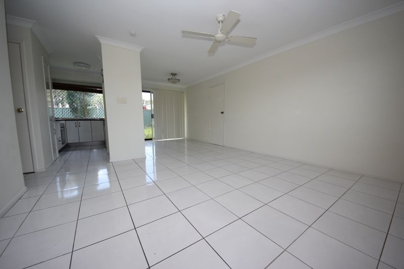 1/23 Crystal Reef Drive, Coombabah