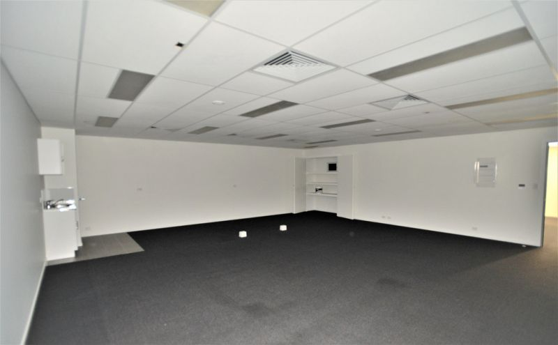 67 SQM* IDEALLY SUITED FOR OFFICE OR MEDICAL
