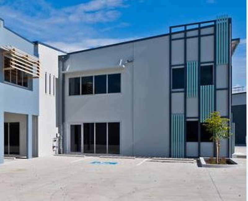 206m2* MURARRIE HIGH QUALITY OFFICE / WAREHOUSE