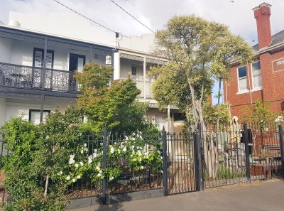 VICTORIAN TERRACE STYLE HOME RIGHT IN THE HEART OF WILLIAMSTOWN