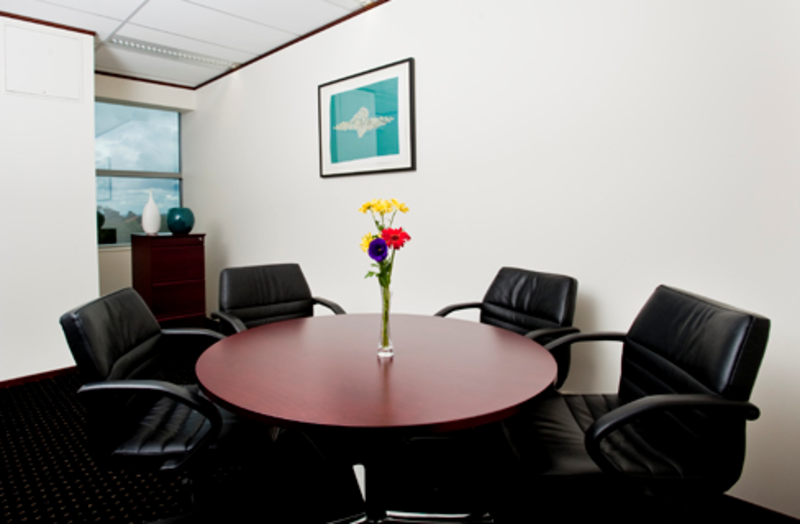 10-PERSON OFFICES LOCATED IN BAULKHAM HILLS WITH WONDERFUL VIEWS